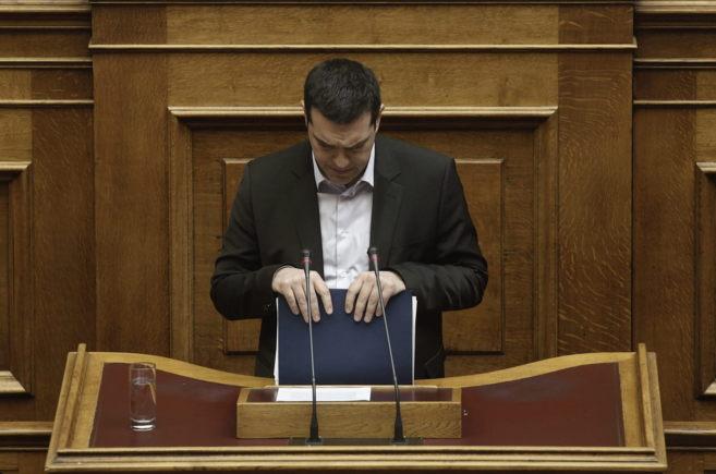 Alexis Tsipras, durante su intervención en el Parlamento este...