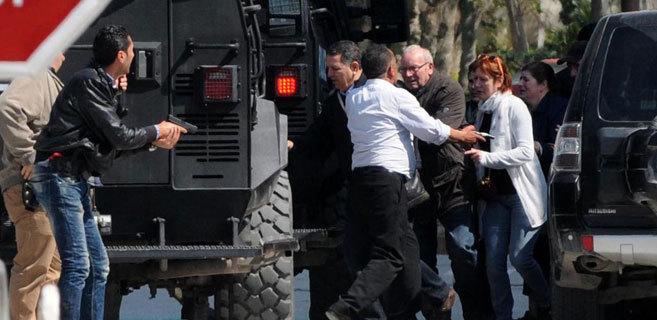 Evacuación de varios turistas el miércoles, tras el ataque al...