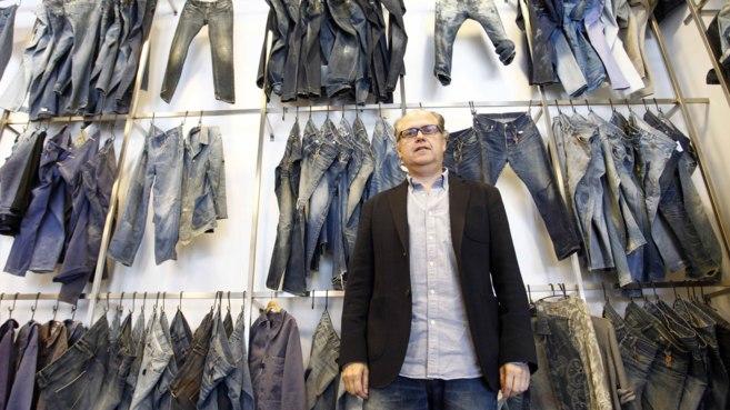 El presidente de Jeanologia, Enrique Silla, en las instalaciones de la...