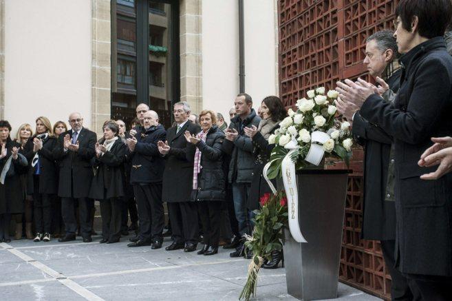 Homenaje en el Parlamento a Fernando Buesa en el 13 aniversario de su...