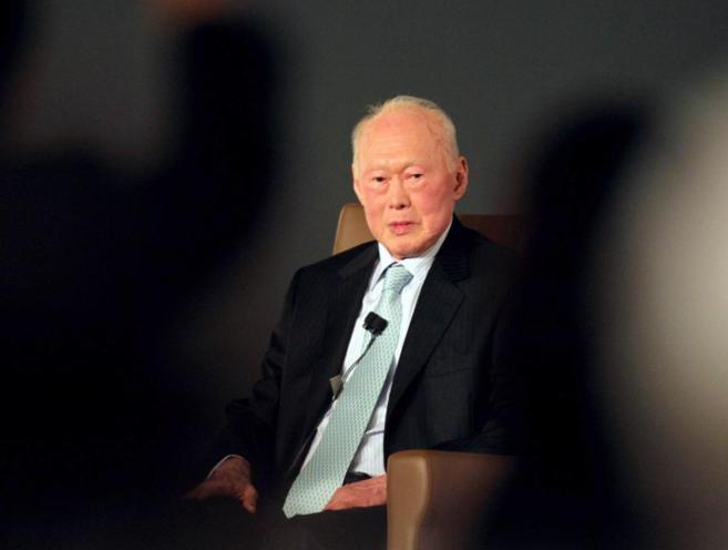 Lee Kuan Yew durante un Foro en el año 2010.