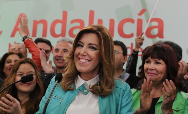 La presidenta de la Junta, Susana Díaz, ayer, tras conocer los...