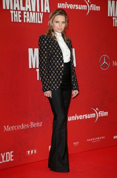 Muy lejos quedó la Catwoman que Michelle Pfeiffer interpretó en...