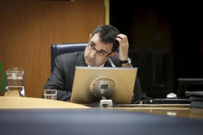 Eneko Arruebarrena, este mediodía en el Parlamento Vasco.