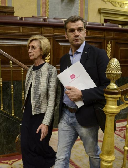 Rosa Díez y Toni Cantó, este martes en el Congreso.