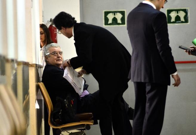 Cristóbal Pons, el farmacéutico que se querelló contra el...