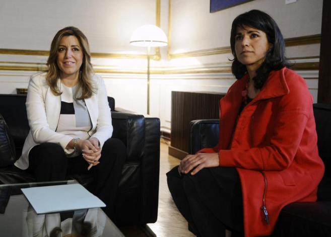 Susana Díaz recibe a Teresa Rodríguez en el inicio de la ronda de...