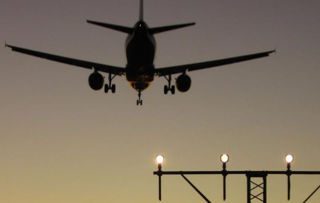 Un avión de la gestora de aeropuertos, Aena