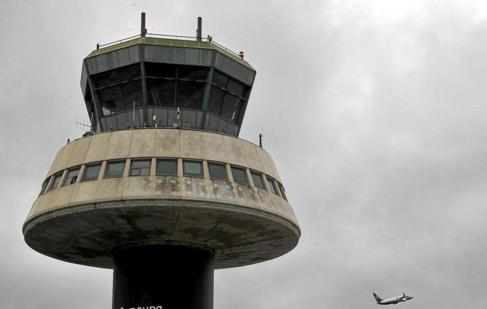 La torre de control del aeropuerto de El Prat.