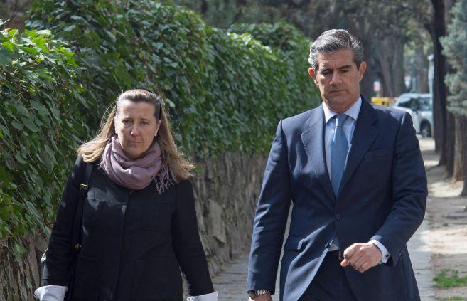 Cristina de Borbón-Dos Sicilias y su marido, Pedro López-Quesada.