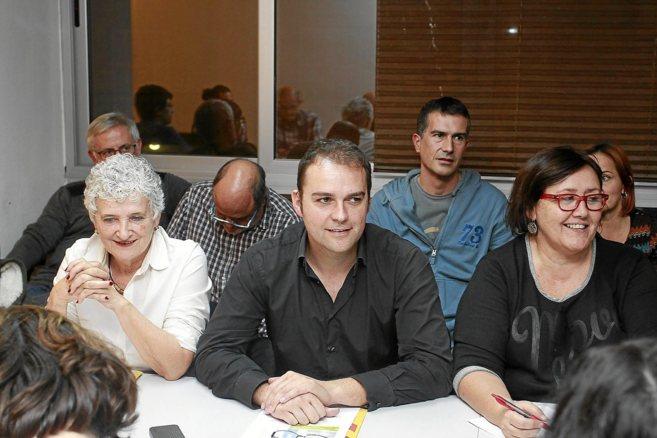 Joan Lladó, líder de ERC en Mallorca, en el centro, en una ejecutiva...