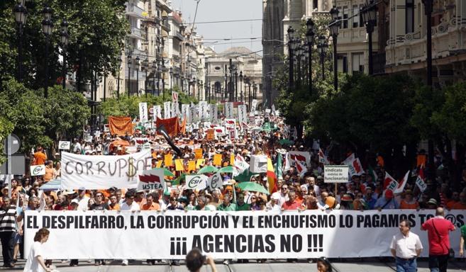 Funcionarios recurren el decreto que modifica los estatutos de IDEA y...