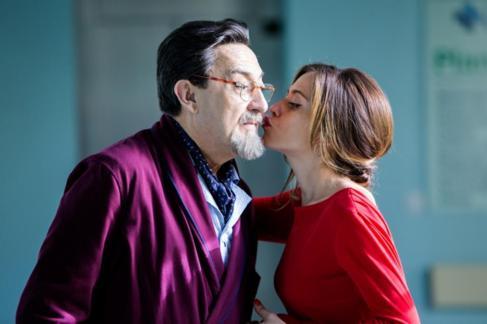 María León interpreta a Carmen y Mariano Peña a Don Benito en...