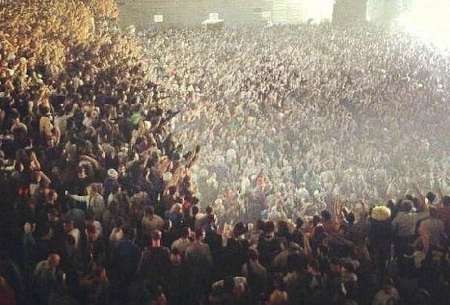 El pabellón Madrid Arena, la noche en que murieron cinco jóvenes, en...