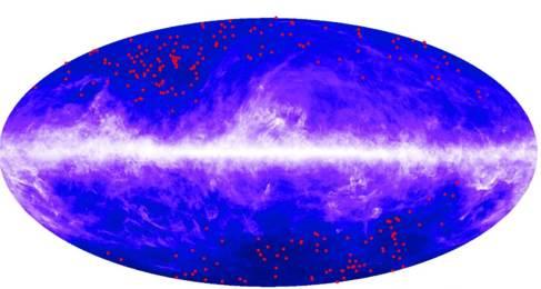 Los puntos rojos muestran la localización de las agrupaciones de...