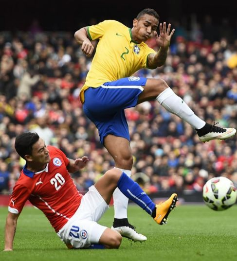Football - Brazil v Chile - International Friendly - Emirates...