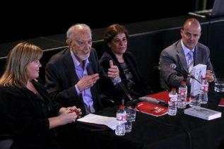 El antiguo equipo de Edicions 62  en 2012: Ester Pujol, Josep M....