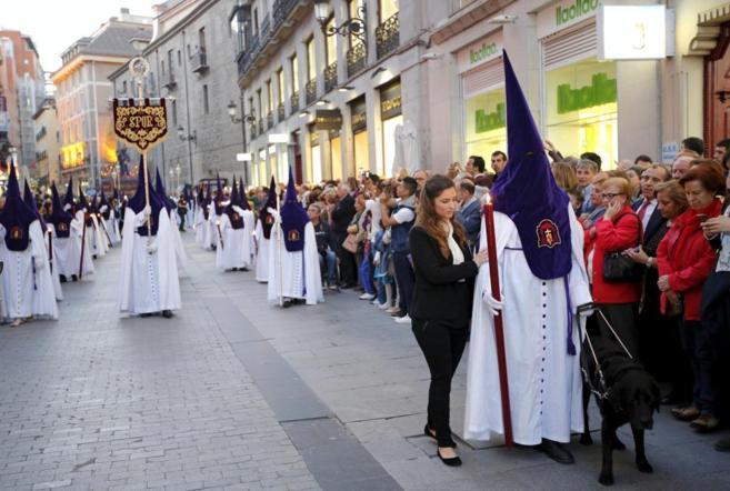 La Hermandad de los Gitanos de Madrid salió ayer de procesión.