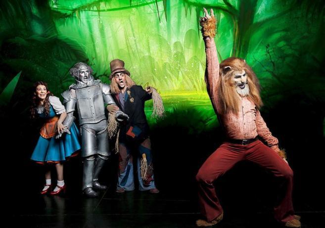 Dorothy, el Hombre de Hojalata, el Espantapájaros y el León...