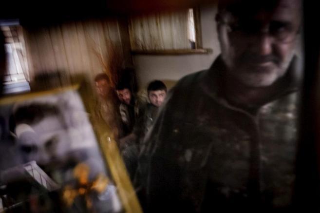 Un grupo de cristianos, en la ciudad siria de Tel Tamer.
