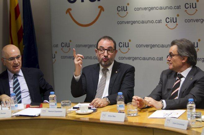 Duran Lleida, Ramon Espadaler y Artur Mas durante un consejo nacional...