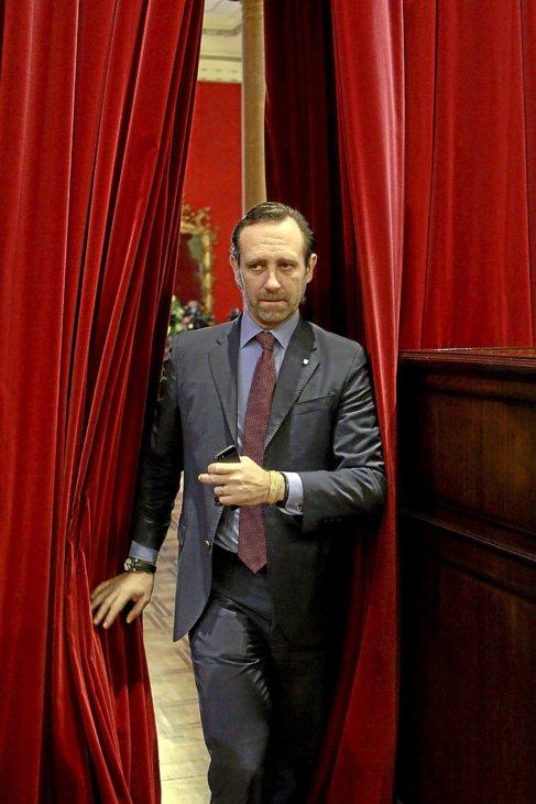 El presidente del Govern, José Ramón Bauzá, en el Parlament.