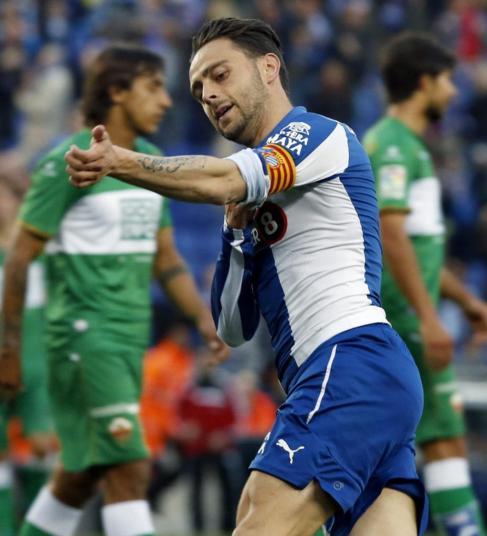 Sergio García celebra el gol marcado al Elche.