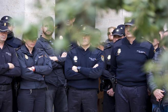 Un minuto de silencio , el lunes, en Almería, por José A. Martínez,...