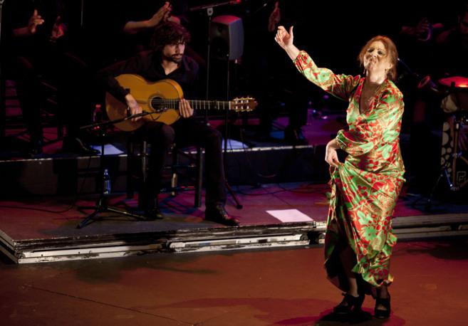 Juana Amaya durante su actuación en el Teatro Central.
