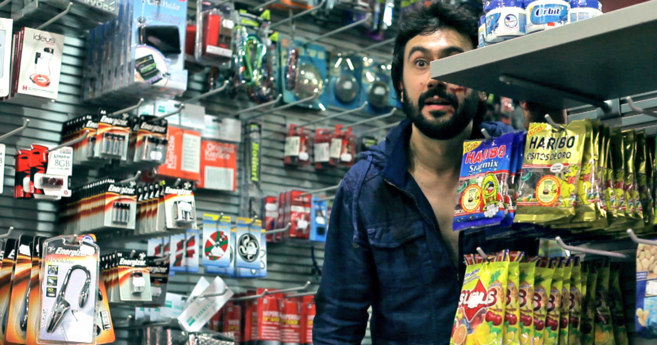El actor Unai García, que interpreta a Jorge, en una de las escenas...