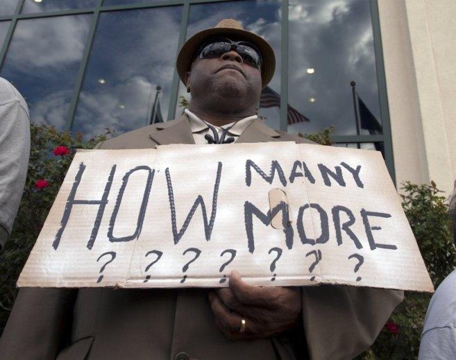Un reverendo de Carolina del Sur durante una protesta en North...