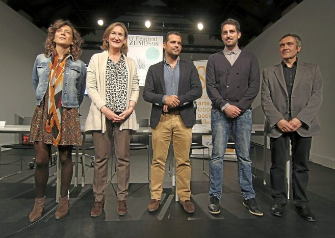 Felipe G. Gil, de Zemos98 (segundo, por la der.), con los...