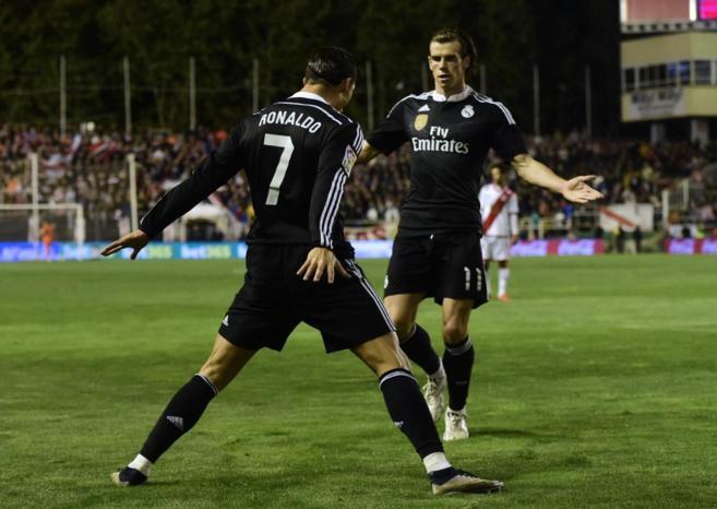 Cristiano Ronaldo y Bale celebran el primer tanto del portugués.