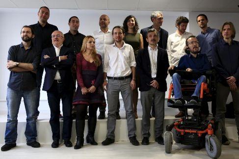 Pablo Iglesias, con los candidatos autonómicos.