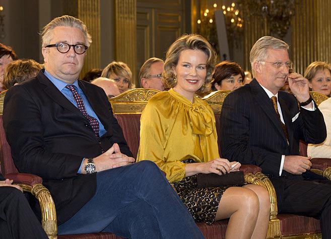 Lorenzo de Bélgica, con su cuñada y su hermano, los reyes Matilde y...