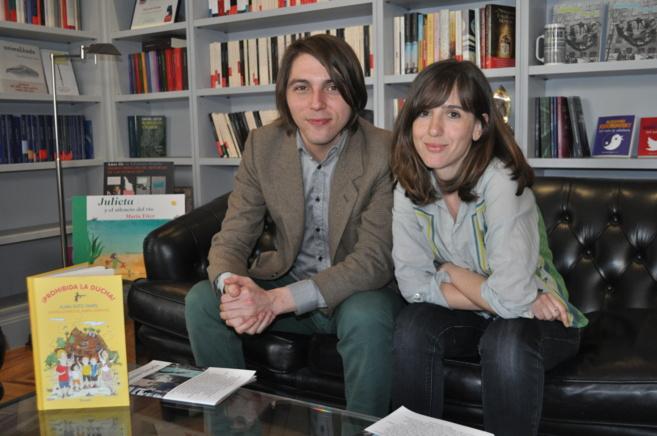Ivars y Serrano en la sede de la editorial Siruela en la calle Almagro...