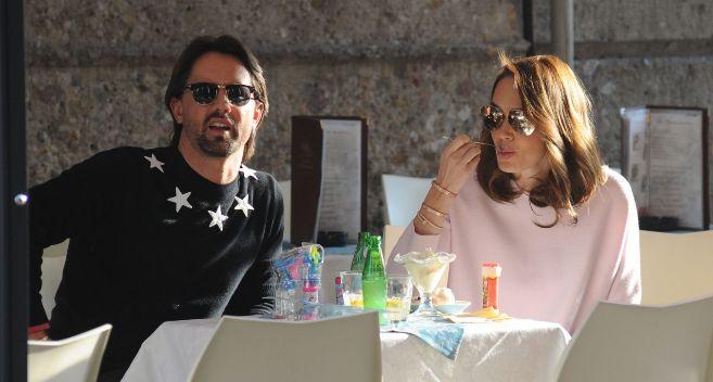 Jay Rutland y Tamara Ecclestone, en una imagen habitual de la pareja:...