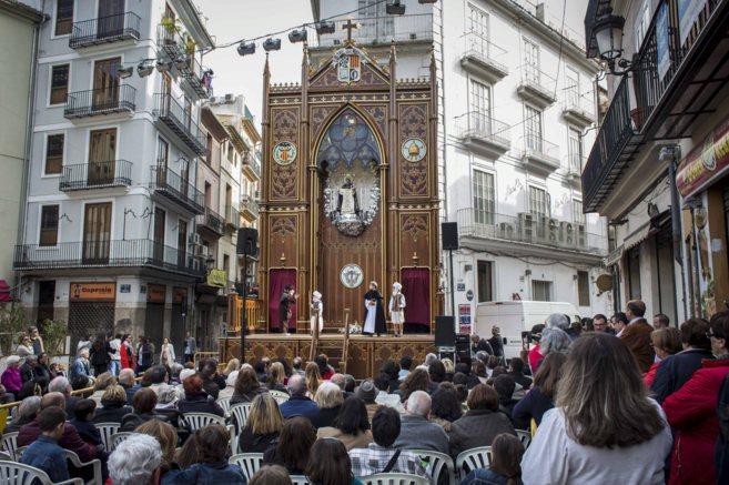 La representación en el altar vicentino del Carmen, uno de los más...