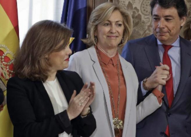 Ignacio González junto a Soraya Sáenz de Santamaría y Concepción...