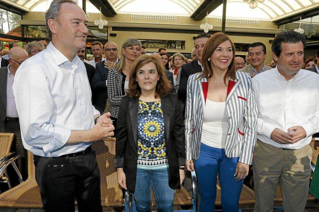 Sáenz de Santamaría, junto a Fabra, Mercedes Alonso y Císcar en un...