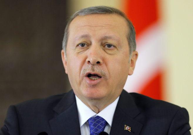 El presidente turco, Recep Tayyip Erdogan, durante una rueda de prensa...