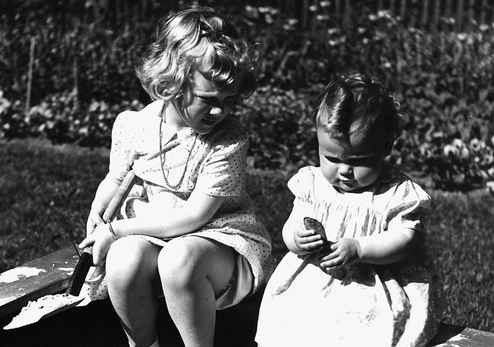En 1944, nació su hermana Benedicta cuando Margarita sólo tenía...