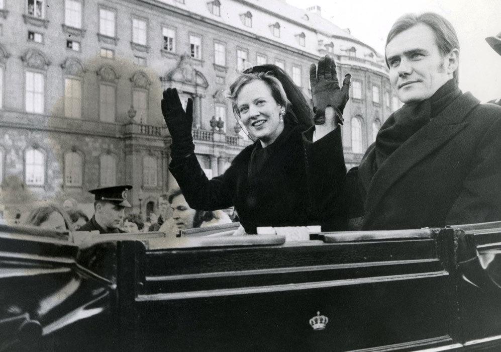 Momento después de que Margarita fuera nombrada reina de Dinamarca.