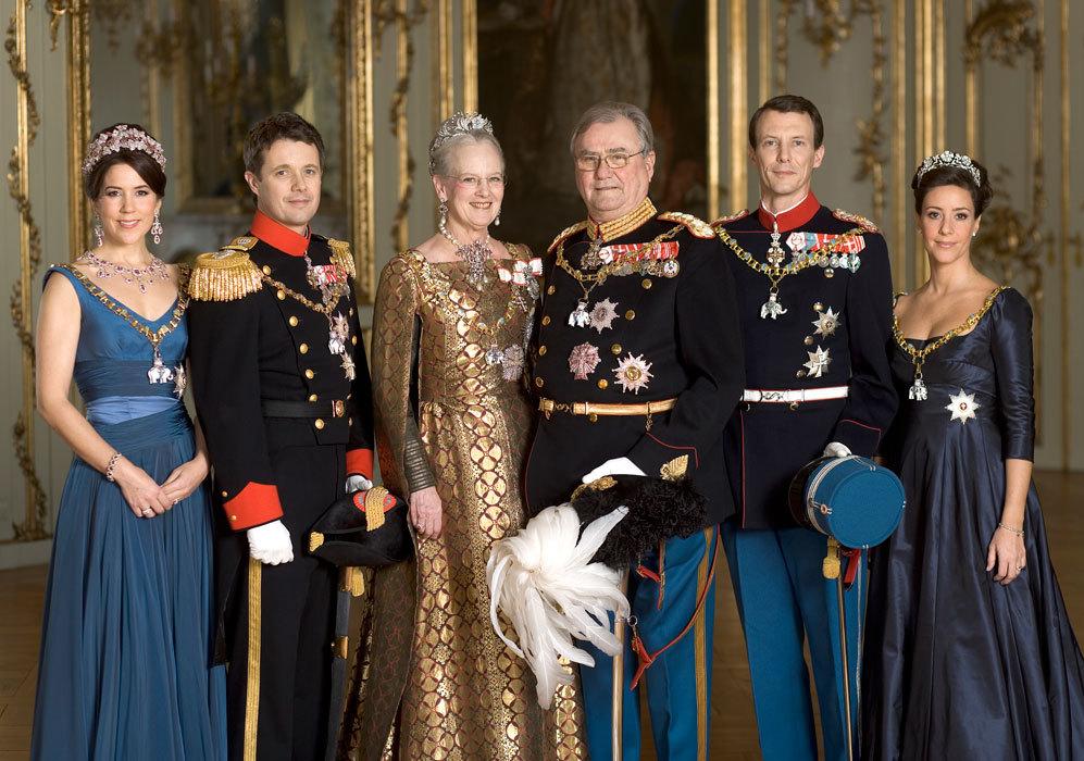 El 24 de mayo de 2008, el segundo hijo de la reina Margarita, el...