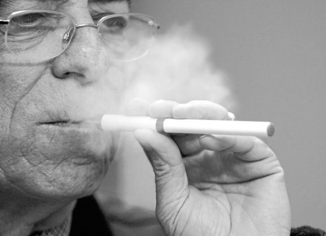 Resultado de imagen de cigarrillo electronico cigarrillo tradicional