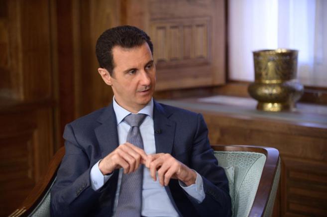 El presidente sirio, Bashar Asad, durante la entrevista al diario...