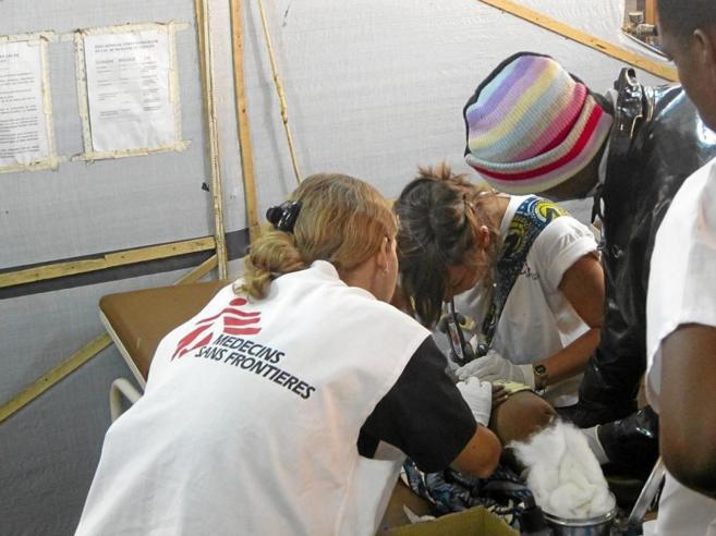 Cooperantes de Médicos sin Fronteras.