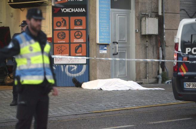 Un hombre ha fallecido esta tarde tras ser tiroteado en la zona de...
