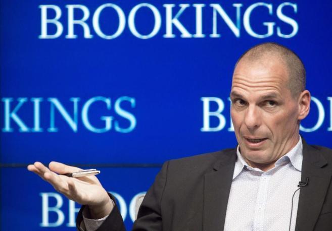 El ministro griego, Yanis Varoufakis, en el Brookings Institute  en...