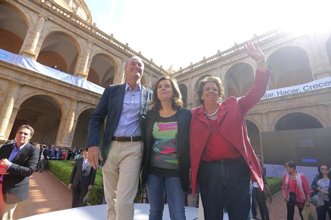 Alberto Fabra, Soraya Sáenz de Santamaría y Rita Barberá, en San...